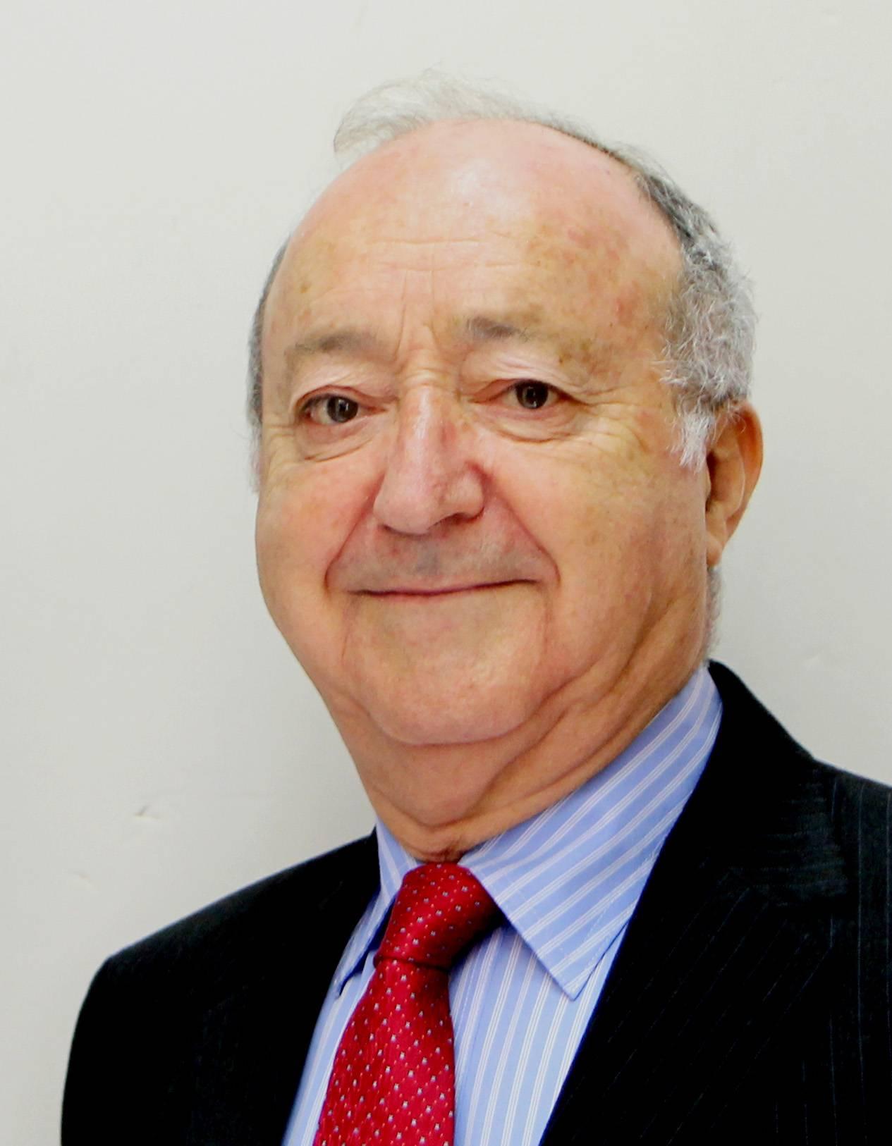 Dr. Adrian Becker